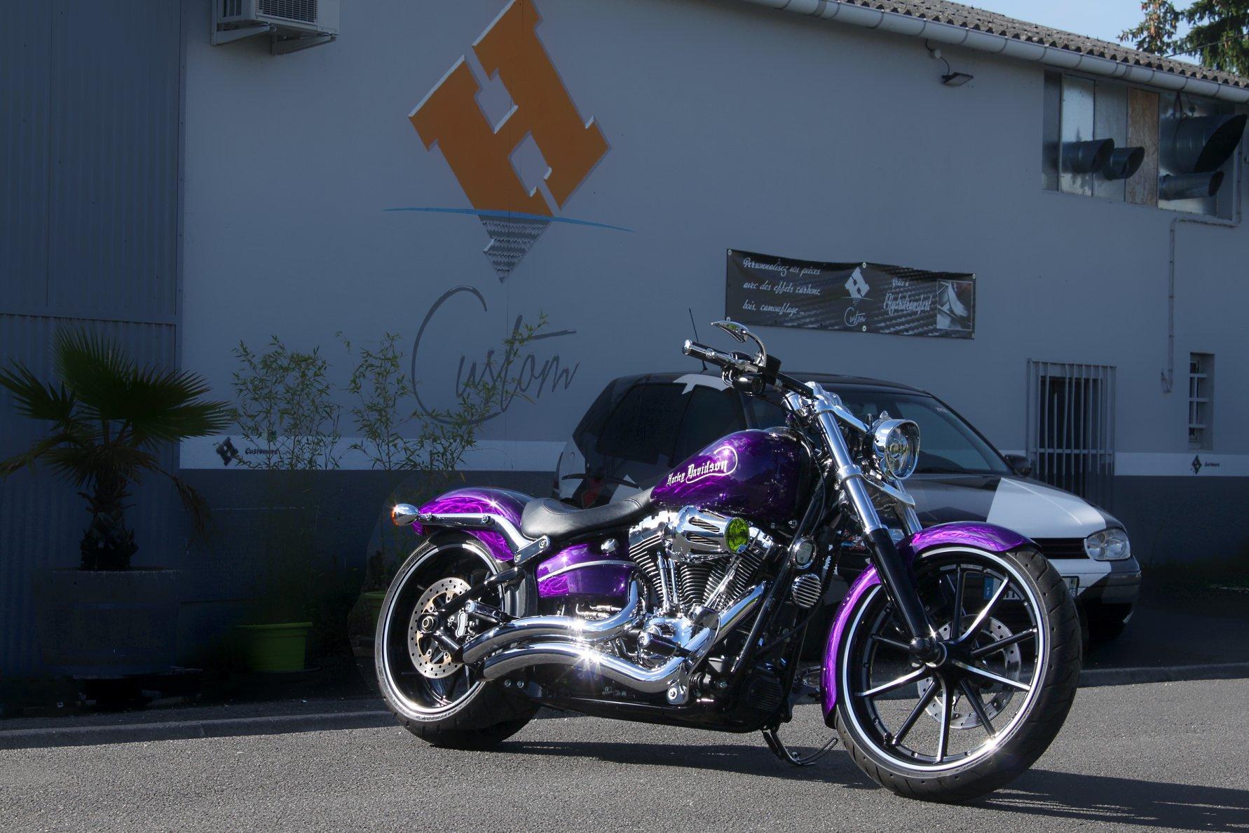 Harley Breakout brossée candy violet