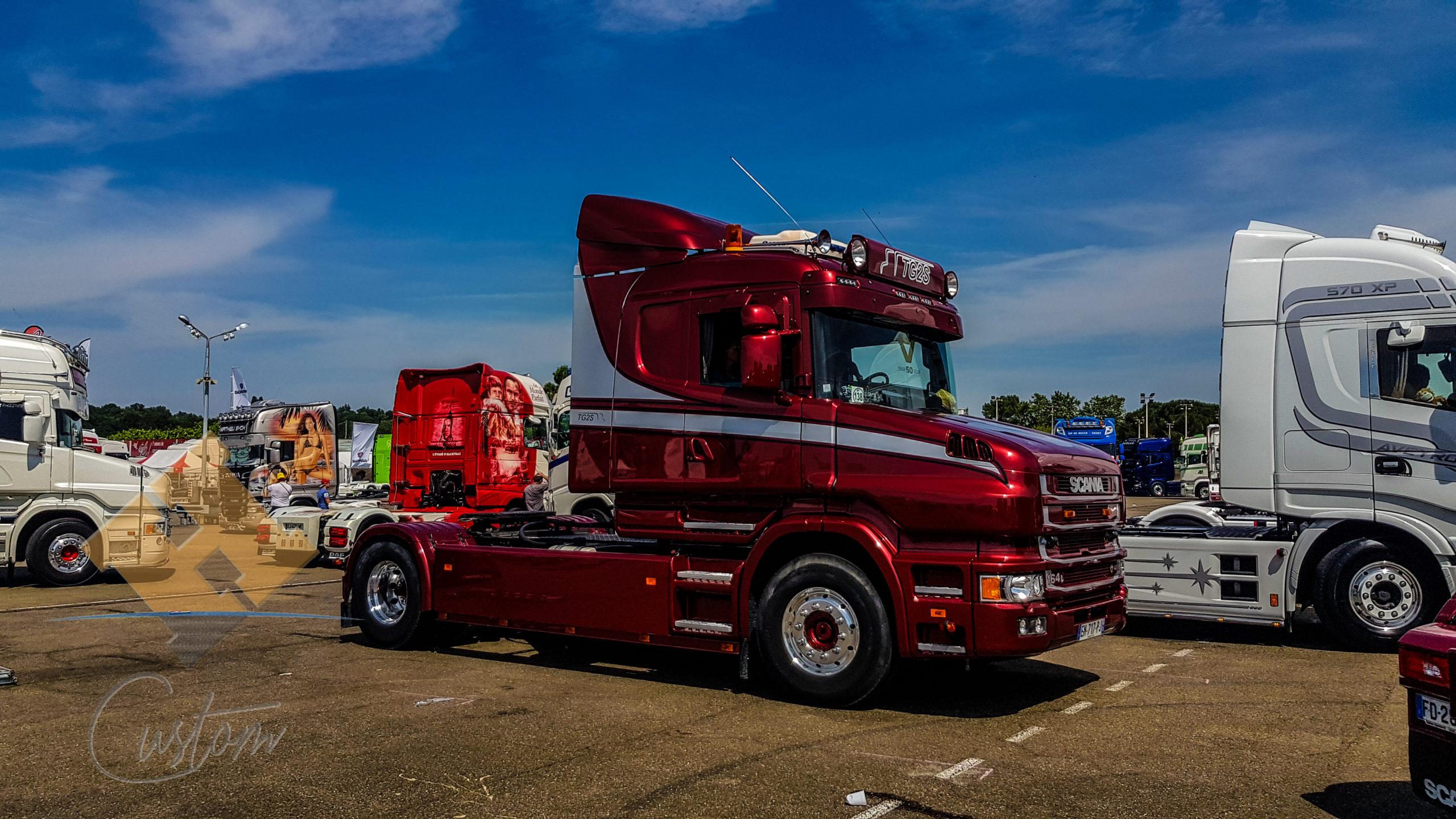 Scania nez long