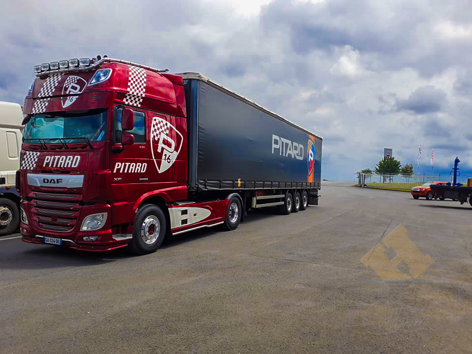 DAF candy rouge